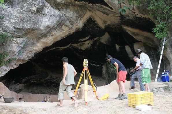 Excavación de la Cueva Negra (Valle del Quípar)