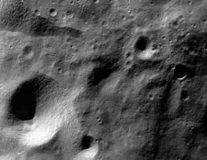 Imagen de la Luna tomada por la sonda Chandrayaan 1. | ISRO.