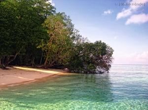 Playa en Sipadán