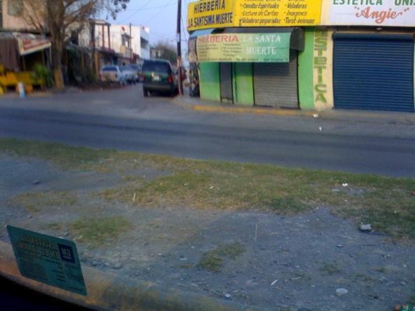 «Hierbería». Autor: Ivan Gallardo. Lugar: Monterrey (México). Cámara: iPhone 2G