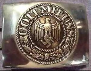 """Hebilla nazi con el lema: """"Dios está con nosotros"""""""