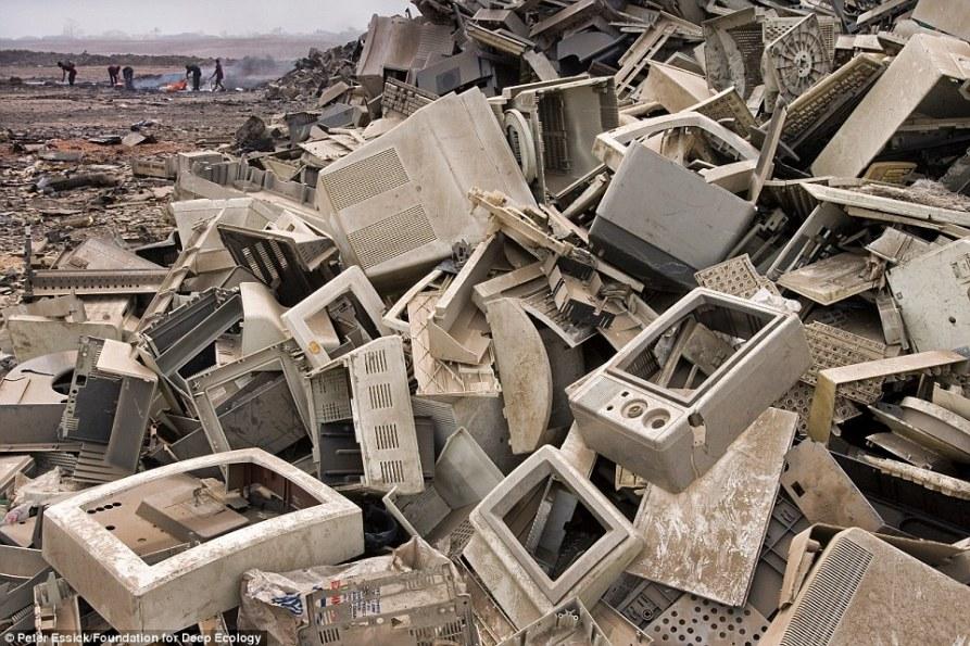 7 basura digital Gana